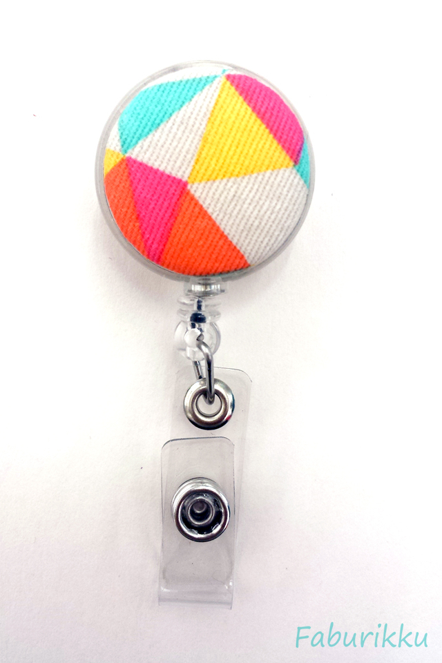Abstract Print Clear Clip-On Badge Reel