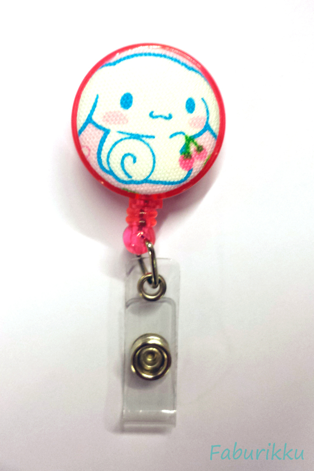 CinnamonRoll Pink Clip-On Badge Reel