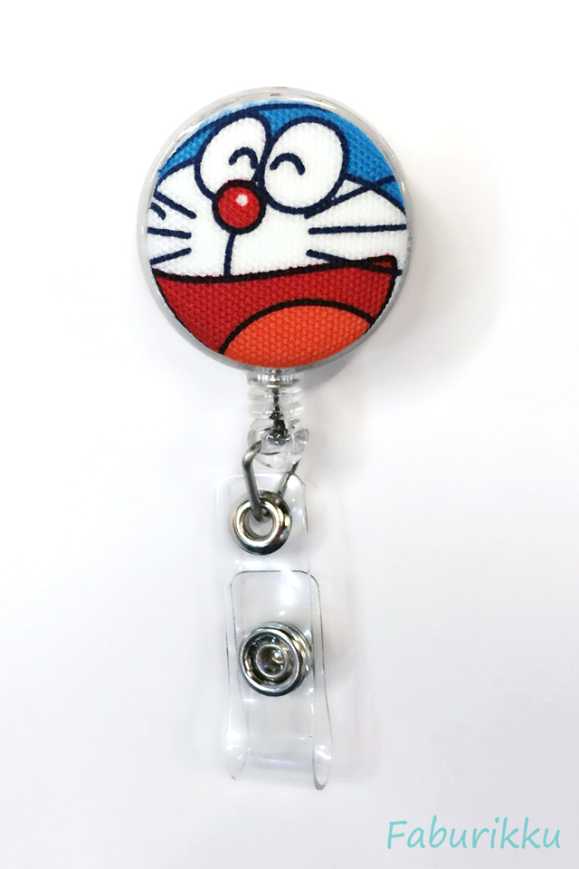 Doraemon Clear Laugh Clip-On Badge Reel