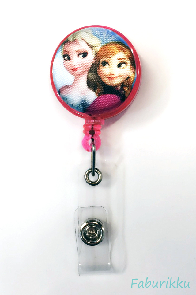 Frozen Elsa & Anna Pink Clip-On Badge Reel