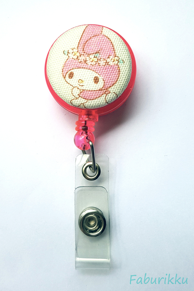 My Melody CreamFlower Clip-On Badge Reel