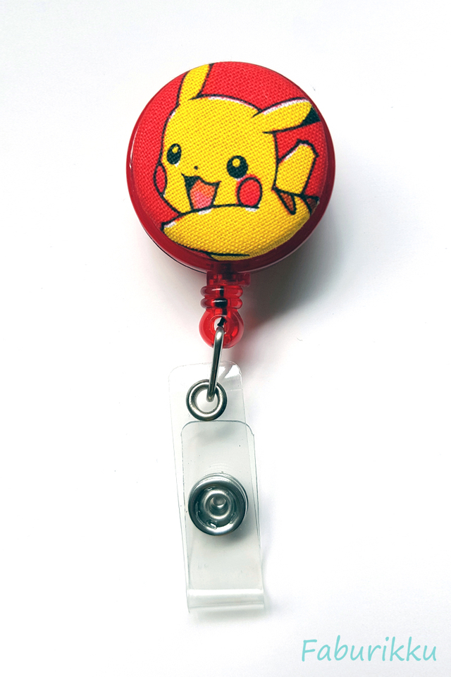Pokemon Pikachu RedRun Clip-On Badge Reel