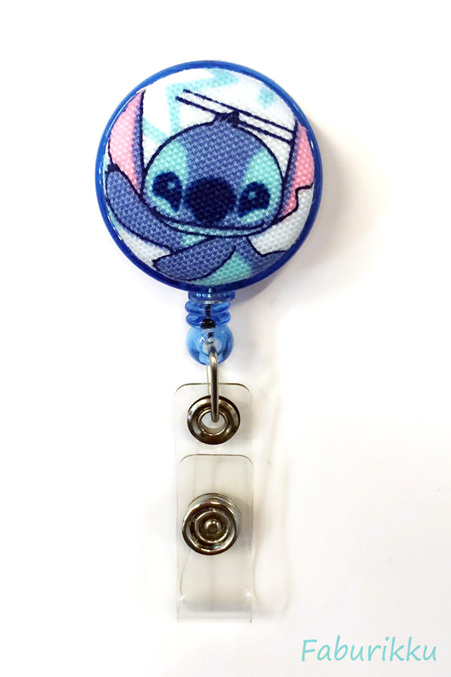 Stitch Blue Dance Clip-On Badge Reel
