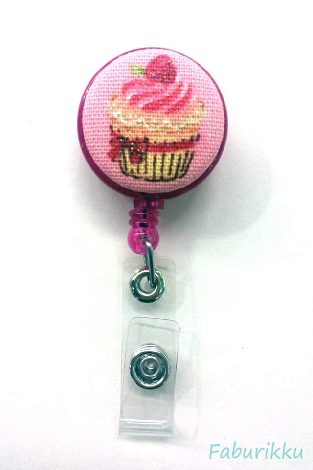 Sweets Cupcake Magenta Clip-On Badge Rel