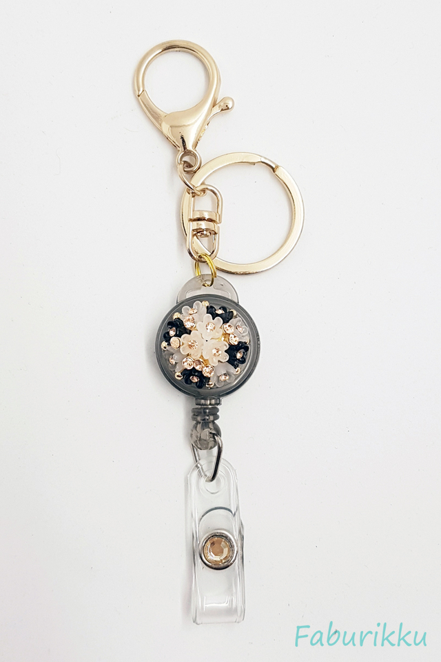 Diamond Black Bouquet Jewel Exclusive Hook On Badge Reel