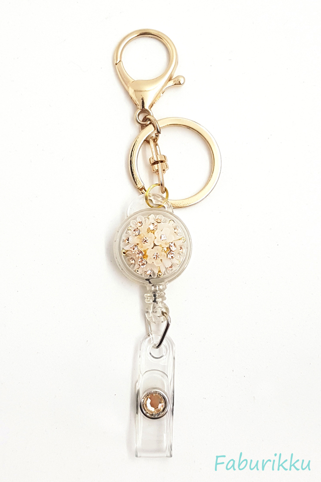 Diamond White Bouquet Jewel Exclusive Hook On Badge Reel