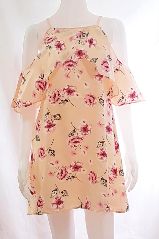 Kei Flutter Sleeve Dress Peach