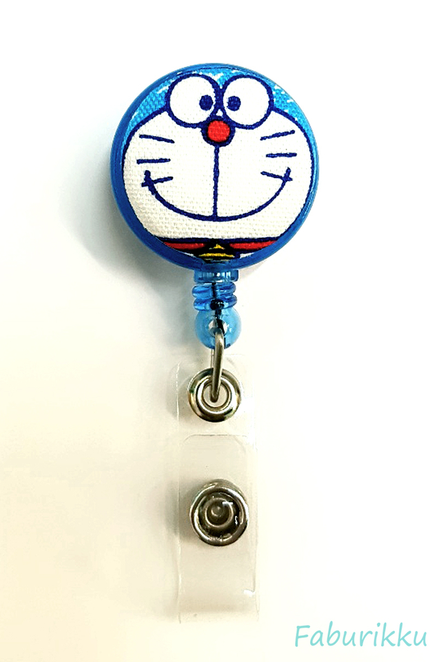 Doraemon BlueCrayonFace Clip-On Badge Reel