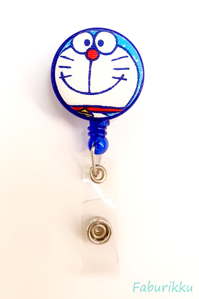 Doraemon NavyCrayonSide Clip-On Badge Reel