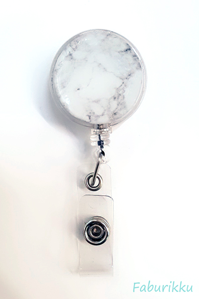 Marble Print WhiteFaded Clip-On Badge Reel