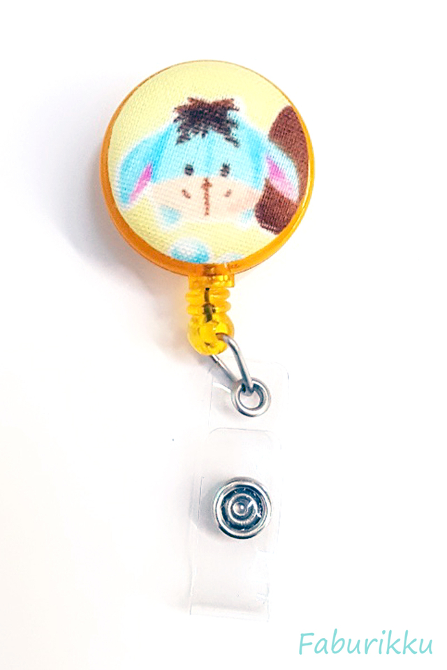 Tsumtsum Eeyore Clip-On Badge Reel