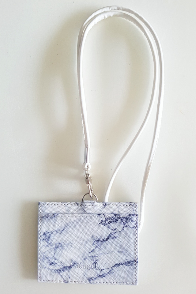 White Marble Landscape Cardholder With White Lanyard Set
