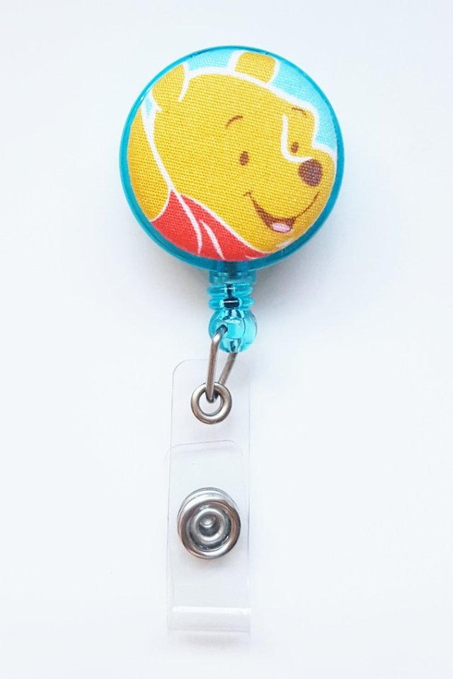 Pooh TurquoiseHead Clip-On Badge Reel