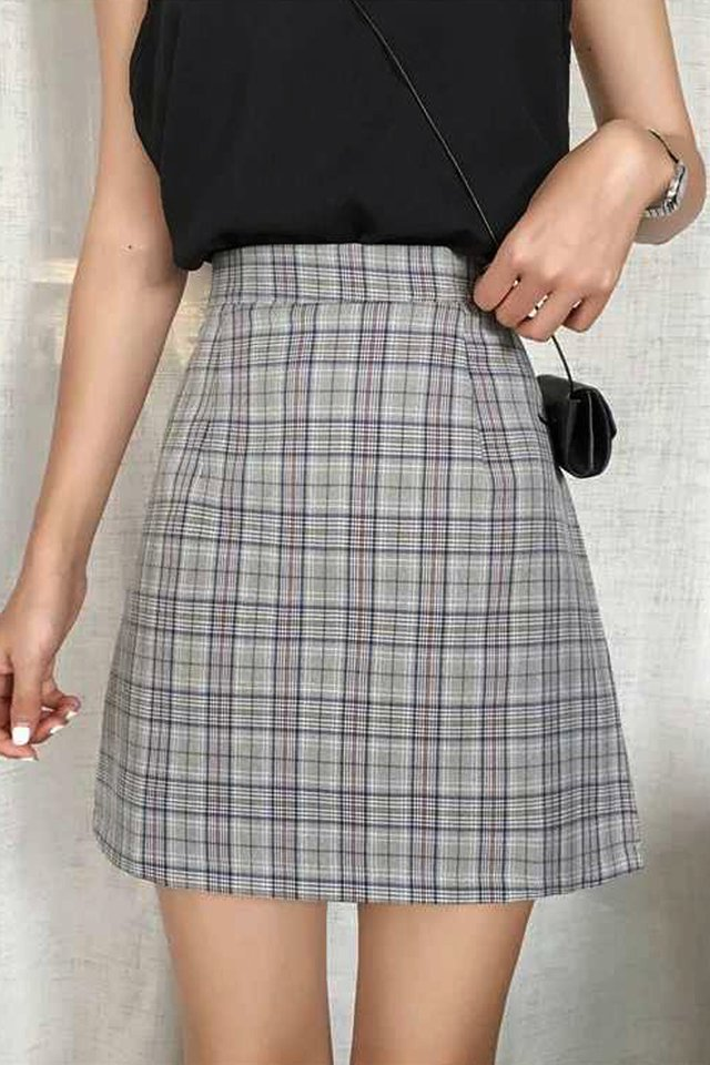 Maru Check Skirt (2 colours)