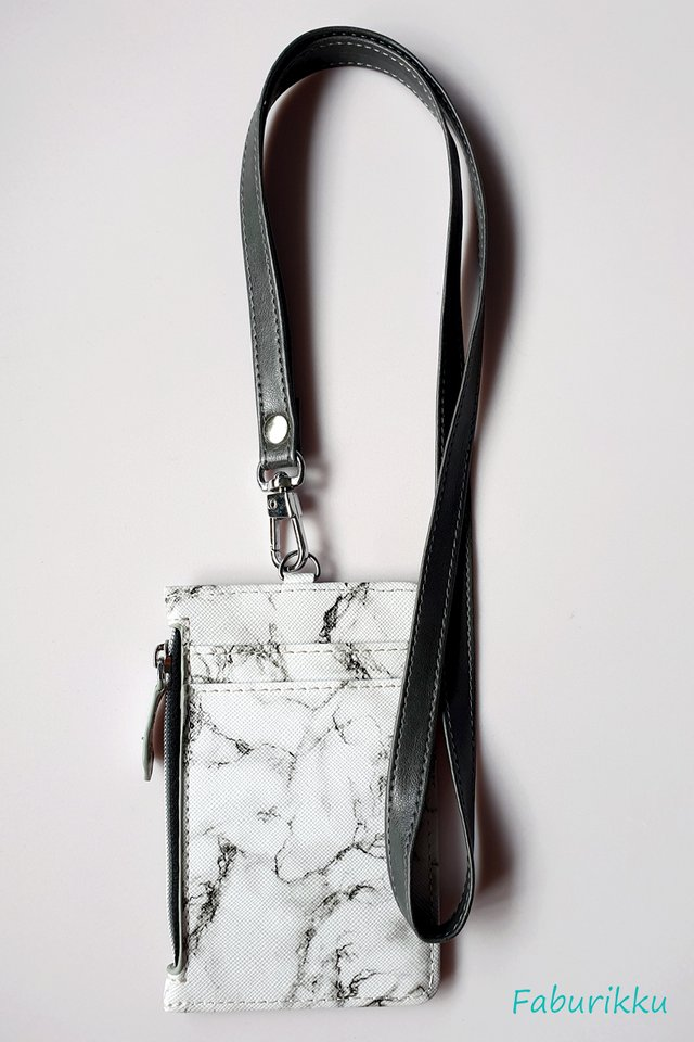 White Marble Zip Cardholder With Grey Side Stitch Lanyard Set